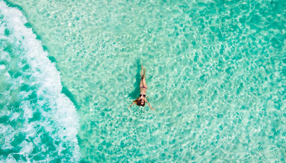 Jeune femme à Cancun - Dernière minute -