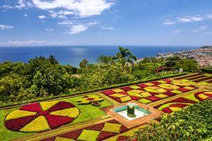 Jardin botanique Monte Funchal situé à côté de la plage, Madère