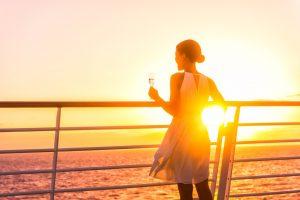 Dernier coucher de soleil de l'année en croisière à Dubaï