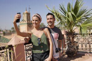 Un couple à Marrakech au Maroc